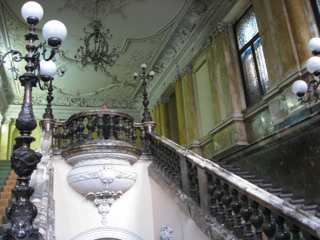 palats potots'kikh zseredini9